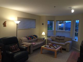 Photo 3: 207 5711 MERMAID STREET in Sechelt: Sechelt District Condo for sale (Sunshine Coast)  : MLS®# R2104837