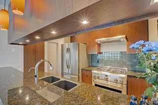 Photo 2: 201 928 RICHARDS STREET in Vancouver: Yaletown Condo for sale (Vancouver West)  : MLS®# R2281574