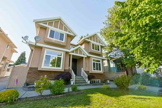 Main Photo: 2125 EDINBURGH STREET in New Westminster: Connaught Heights House for sale : MLS®# R2275635