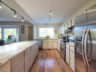 Photo 4: 1103 DEEP COVE ROAD in North Vancouver: Deep Cove House for sale : MLS®# R2348704