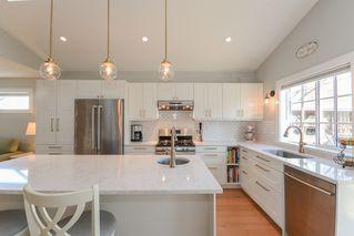 Photo 3: 340 DOUGLAS CRESCENT in Richmond: Sea Island House for sale : MLS®# R2344423