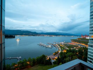 Photo 8: 1602 - 1169 W Cordova St. in Vancouver West: Coal Harbour Condo for sale