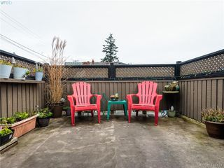 Photo 12: 3007 Tillicum Road in VICTORIA: SW Tillicum Revenue Duplex for sale (Saanich West)  : MLS®# 419427
