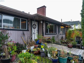 Main Photo: 3007 Tillicum Road in VICTORIA: SW Tillicum Revenue Duplex for sale (Saanich West)  : MLS®# 419427