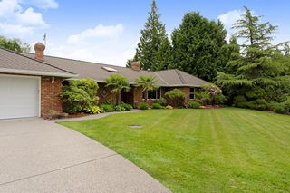"Photo 2: 21387 40 Avenue in Langley: Brookswood Langley House for sale in ""Brookswood"" : MLS®# R2458084"