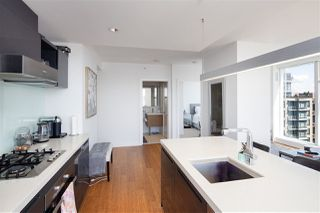 Photo 7: 3111 777 RICHARDS Street in Vancouver: Downtown VW Condo for sale (Vancouver West)  : MLS®# R2485594