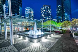 """Main Photo: 3000 1050 BURRARD Street in Vancouver: Downtown VW Condo for sale in """"The Wall Centre"""" (Vancouver West)  : MLS®# R2511937"""