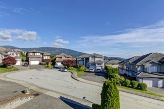"""Photo 37: 1560 PURCELL Drive in Coquitlam: Westwood Plateau House for sale in """"Westwood Plateau"""" : MLS®# R2514539"""