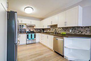 Photo 4: 106 9310 KING GEORGE Boulevard in Surrey: Bear Creek Green Timbers Townhouse for sale : MLS®# R2518153