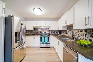 Photo 5: 106 9310 KING GEORGE Boulevard in Surrey: Bear Creek Green Timbers Townhouse for sale : MLS®# R2518153