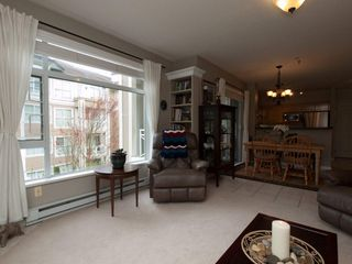 """Photo 5: 201 3625 WINDCREST Diversion in North Vancouver: Roche Point Condo for sale in """"WINDSONG PHASE 3 RAVENWOODS"""" : MLS®# V945947"""