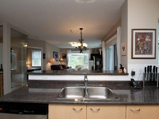 """Photo 13: 201 3625 WINDCREST Diversion in North Vancouver: Roche Point Condo for sale in """"WINDSONG PHASE 3 RAVENWOODS"""" : MLS®# V945947"""