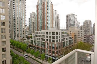 "Photo 7: 903 1001 RICHARDS Street in Vancouver: Downtown VW Condo for sale in ""MIRO"" (Vancouver West)  : MLS®# V947357"