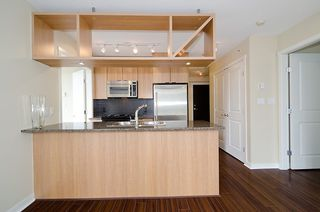 "Photo 8: 903 1001 RICHARDS Street in Vancouver: Downtown VW Condo for sale in ""MIRO"" (Vancouver West)  : MLS®# V947357"