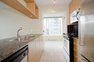 "Photo 12: 903 1001 RICHARDS Street in Vancouver: Downtown VW Condo for sale in ""MIRO"" (Vancouver West)  : MLS®# V947357"