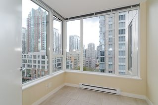 "Photo 13: 903 1001 RICHARDS Street in Vancouver: Downtown VW Condo for sale in ""MIRO"" (Vancouver West)  : MLS®# V947357"
