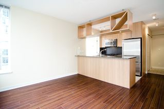 "Photo 2: 903 1001 RICHARDS Street in Vancouver: Downtown VW Condo for sale in ""MIRO"" (Vancouver West)  : MLS®# V947357"