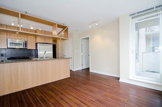 "Photo 4: 903 1001 RICHARDS Street in Vancouver: Downtown VW Condo for sale in ""MIRO"" (Vancouver West)  : MLS®# V947357"
