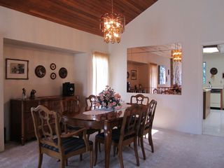 Photo 2: 6576 SUNWOOD Drive in Delta: Sunshine Hills Woods House for sale (N. Delta)  : MLS®# F1213598