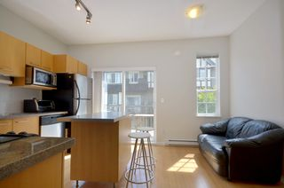 Photo 5: 20 7331 HEATHER Street in Richmond: McLennan North Townhouse for sale : MLS®# V957548