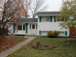 Photo 1: 26 Ashworth Street in WINNIPEG: St Vital Residential for sale (South East Winnipeg)  : MLS®# 1221804