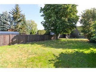 "Photo 10: 5243 57A Street in Ladner: Hawthorne House 1/2 Duplex for sale in ""HAWTHORNE"" : MLS®# V984688"