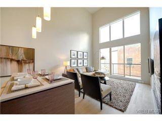 Photo 4: 402 601 Herald Street in VICTORIA: Vi Downtown Condo Apartment for sale (Victoria)  : MLS®# 322710