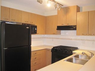 Photo 3: # 205 2958 SILVER SPRINGS BB in Coquitlam: Westwood Plateau Condo for sale : MLS®# V1039644
