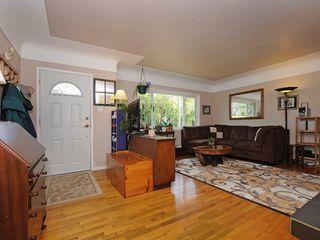 Photo 11: 919 Leslie Drive in VICTORIA: SE Quadra Single Family Detached for sale (Saanich East)  : MLS®# 340422
