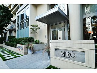 "Photo 20: 1903 1001 RICHARDS Street in Vancouver: Downtown VW Condo for sale in ""MIRO"" (Vancouver West)  : MLS®# V1079100"
