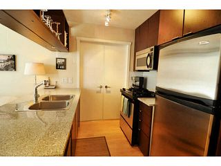 "Photo 3: 1903 1001 RICHARDS Street in Vancouver: Downtown VW Condo for sale in ""MIRO"" (Vancouver West)  : MLS®# V1079100"
