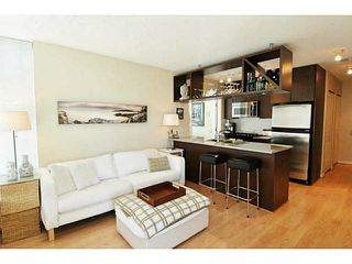 "Photo 1: 1903 1001 RICHARDS Street in Vancouver: Downtown VW Condo for sale in ""MIRO"" (Vancouver West)  : MLS®# V1079100"
