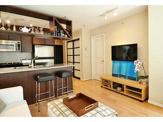 "Photo 2: 1903 1001 RICHARDS Street in Vancouver: Downtown VW Condo for sale in ""MIRO"" (Vancouver West)  : MLS®# V1079100"
