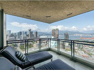 "Photo 4: 3002 183 KEEFER Place in Vancouver: Downtown VW Condo for sale in ""Paris Place"" (Vancouver West)  : MLS®# V1079874"