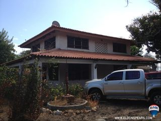 Photo 2: Oceanfront house in Punta Chame needing some TLC