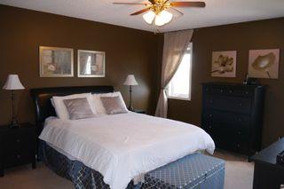 Photo 8: 942 Aldgate Road in Winnipeg: River Park South Single Family Detached for sale (South Winnipeg)  : MLS®# 1511696