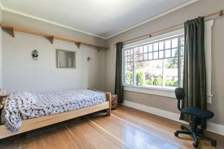 Photo 10: 905 EDINBURGH STREET in New Westminster: Moody Park House for sale : MLS®# R2067941