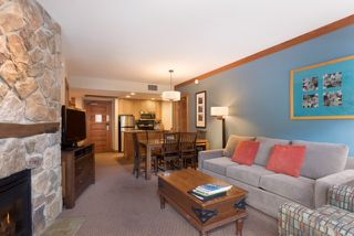 Photo 2: 216A 2036 London Lane in Whistler: Whistler Creek Condo for sale : MLS®# R2252132