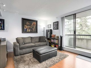 Photo 5: 601 1108 NICOLA STREET in Vancouver: West End VW Condo for sale (Vancouver West)  : MLS®# R2309244