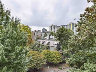 Photo 7: 601 1108 NICOLA STREET in Vancouver: West End VW Condo for sale (Vancouver West)  : MLS®# R2309244