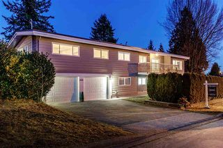 Photo 1: 2616 Jones Avenue in North Vancouver: Upper Lonsdale House for sale : MLS®# R2361609