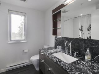 "Photo 15: 6442 ASH Street in Vancouver: Oakridge VW Townhouse for sale in ""WESTON WALK"" (Vancouver West)  : MLS®# R2420440"