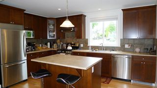 Photo 2: 843 EAST 45TH AVENUE in Vancouver: Home for sale