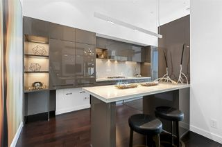 "Photo 4: PH2 777 RICHARDS Street in Vancouver: Downtown VW Condo for sale in ""Telus Garden"" (Vancouver West)  : MLS®# R2429088"