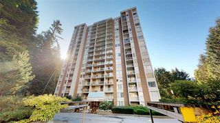 """Main Photo: 804 2004 FULLERTON Avenue in North Vancouver: Pemberton NV Condo for sale in """"Woodcroft, Whytecliff"""" : MLS®# R2433618"""