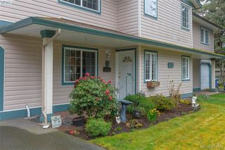 Photo 2: A 583 Tena Pl in VICTORIA: Co Wishart North Half Duplex for sale (Colwood)  : MLS®# 837604