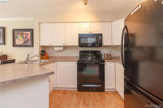 Photo 12: A 583 Tena Pl in VICTORIA: Co Wishart North Half Duplex for sale (Colwood)  : MLS®# 837604