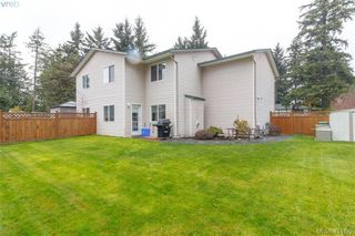 Photo 26: A 583 Tena Pl in VICTORIA: Co Wishart North Half Duplex for sale (Colwood)  : MLS®# 837604