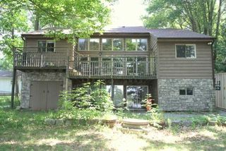 Photo 1: 14 Rockside Lane in Kawartha Lakes: Rural Carden House (1 1/2 Storey) for sale : MLS®# X4815972