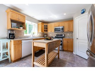"""Photo 8: 9443 202B Street in Langley: Walnut Grove House for sale in """"River Wynde"""" : MLS®# R2476809"""